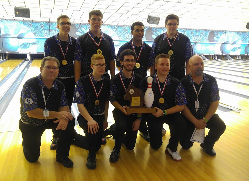 2018 Wisconsin High School Bowling State Championships Division 1 boys champion Germantown. Photo by Bowling Centers Association of Wisconsin.